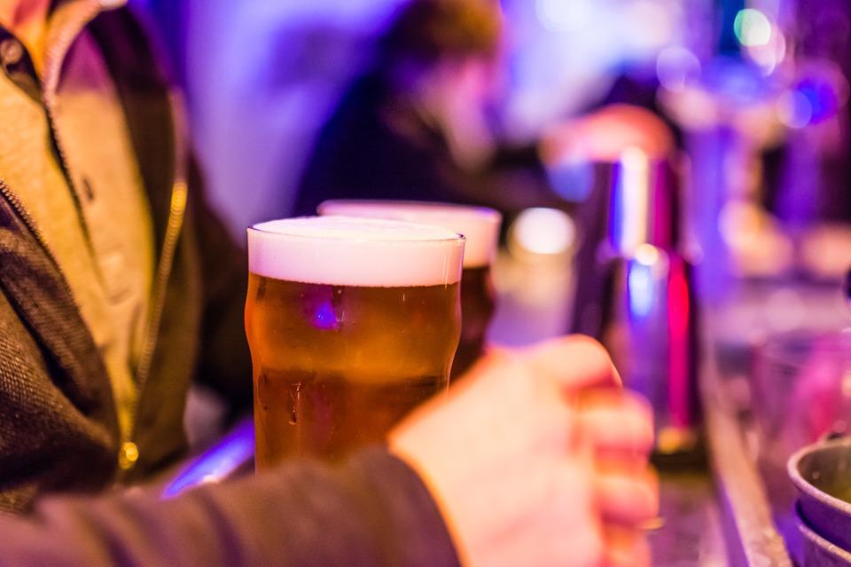 Carnaval: houdt alcohol je warm?